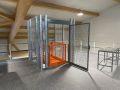 Lagerbuehne-mit-Aufzug-oben